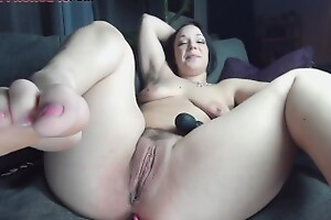 Hairy Milf Multiple Squirt on Webcam Show