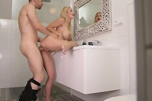Busty blonde Nathaly Cherie opens up their way asshole for a veiny uncultured load of shit