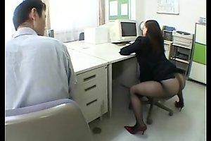 Big japanese booty.
