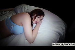 Creepy son sneaks into moms bedroom