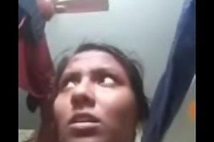 Desi slut fingering their way pussy on webcam