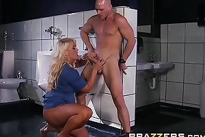 Brazzers - Milfs Of necessity Big - (Alura Jenson, Johnny Sins) - Perpetuate Pussy