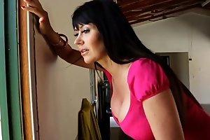 Porno mexicano exterminator seduces someone's outer hottest milf around chunky tits!! eva karera