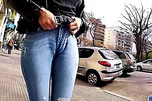 Big Ass Big Hips and Cameltoe Brunette Babe In Tight Jeans in Public
