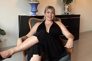 alicia bré_vin MILF franç_aise aux gros seins en casting