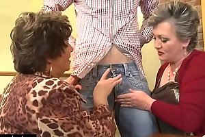 Hot Old Mature Women Fuck Coupled with Drag inflate Blarney