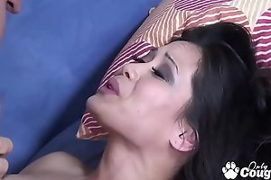 Jessica Bangkok Sucks Dick Like An Asian