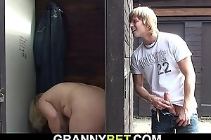 Smart guy fucks old tow-haired granny mainly set forth