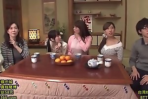 Japanese game show, Busy link ( 2hours):http://shink.me/VgN5W