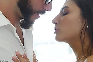 Honcho hot model Gianna Dior plays with her slit and takes a huge cock, check out how hot this bird is! hugeape.net/passionhd