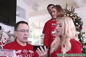 Cute And Closely guarded Teen Act Sister Riley Mae And Their way Act Kinsman Fianc' Via Family Christmas Snapshot