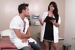 Sexy dark haired taint likes screwing her patients
