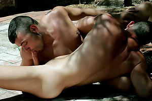 Muscled Studs Fucking in a Park