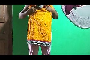 tamil aunty telugu aunty kannada aunty malayalam aunty Kerala aunty hindi bhabhi horny desi north indian south indian horny vanitha wearing white legings school teacher in the same manner big special and shaved pussy press hard special press nip rubbing pussy vegetable
