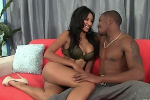 Dark-skinned damsel with bubbly tits enjoys piercing pussy pounding