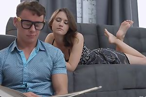 Beautiful infant with natural breasts fucks her BF in the living room