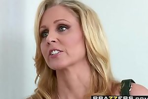 Brazzers - Moms in the matter of control - (Julia Ann, Danny Mountain) - Parceling out A Knead