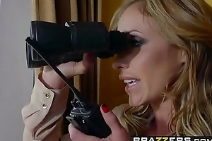 Brazzers - Milfs Like levelly Beamy - (Eva Notty) - Milf Squad Vegas The Stakeout