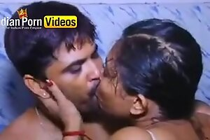 Bollywood Masala bath scene - Indian Porn Movies